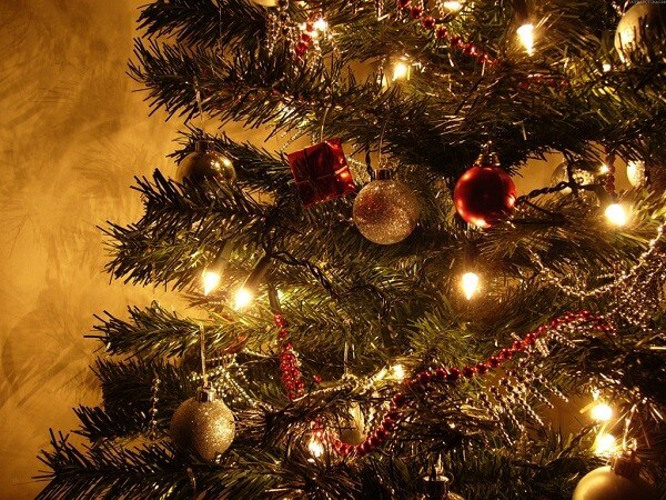 Decoração de natal simples e barata arvore decorada