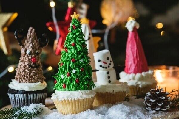 Decoração de natal simples e barata com cupcakes