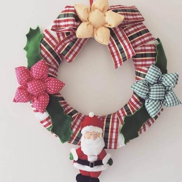 Decoração de natal simples e barata guirlanda em tecido