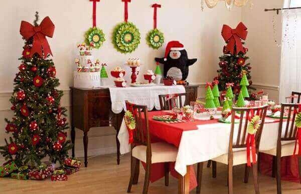 Decoração de natal simples e barata mesa