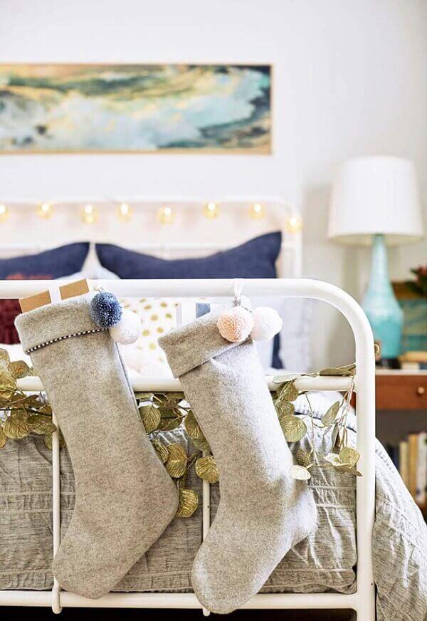 Decoração de natal simples e barata para enfeitar cama