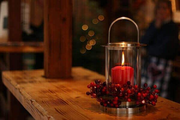 Decoração de natal simples e barata para mesa .