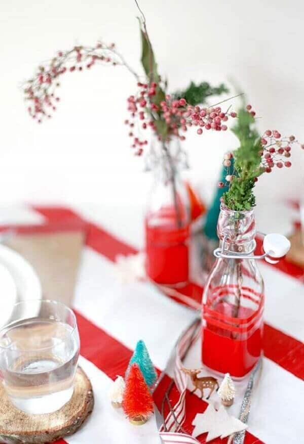 Decoração de natal simples e barata plantinhas e galhinhos na garrafa