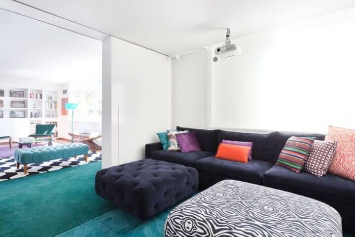 Decoração de sala de estar com meia parede Projeto de Suite Arquitetos
