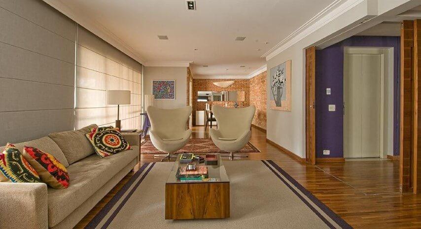 Decoração de sala integrada com poltronas giratórias Projeto de Diptico