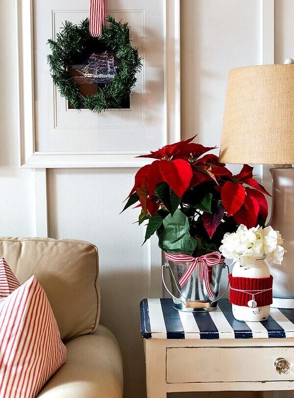 Flor de natal para mesa de canto