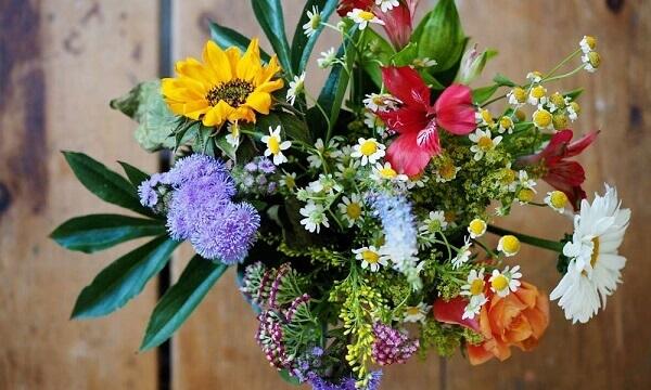 Flores artificiais buquês