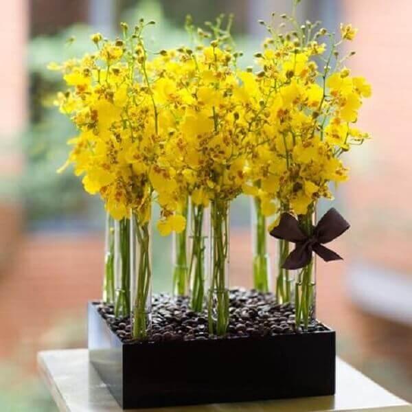Flores artificiais para ambientes internos