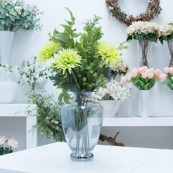 Flores artificiais para decoração de eventos