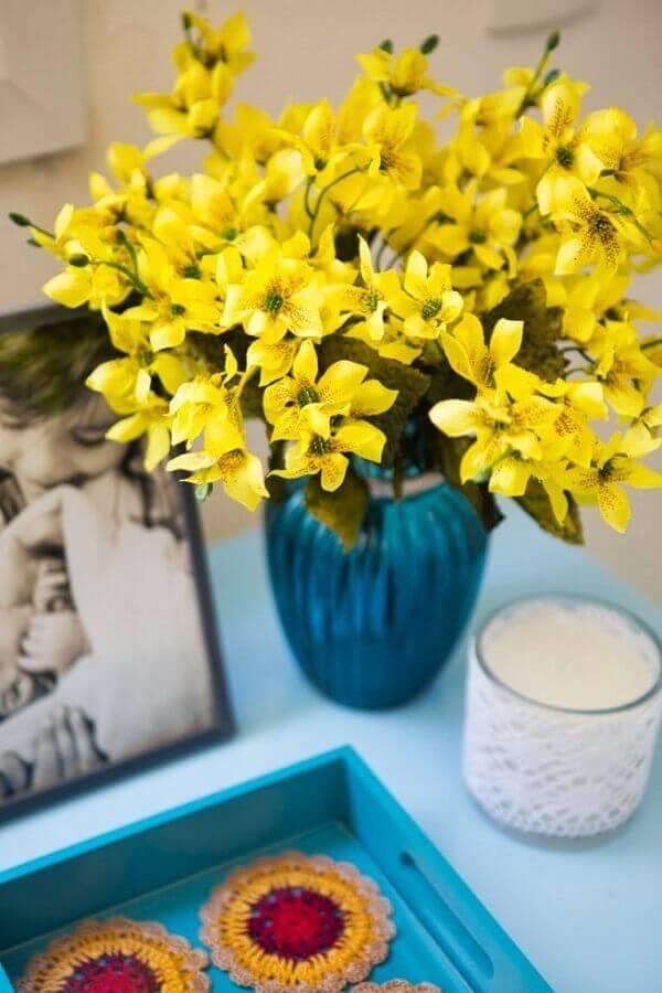 Flores artificiais para decoração de quartos