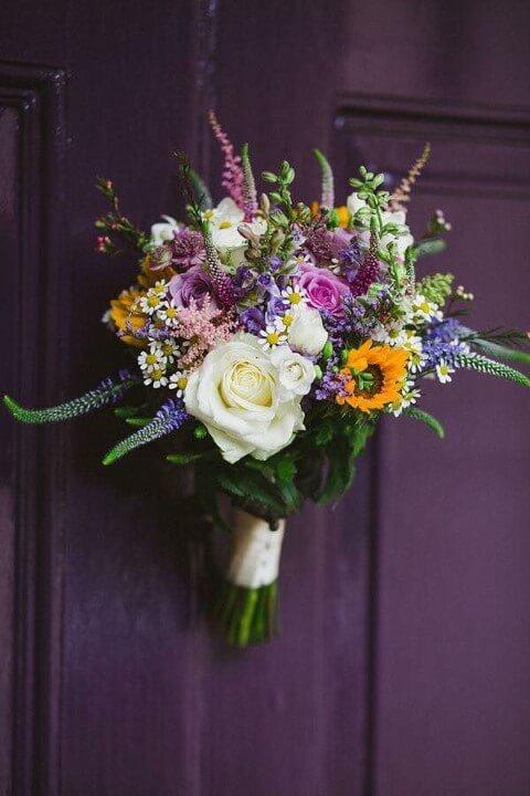 Flores do campo como enfeite de porta Foto de Pinterest