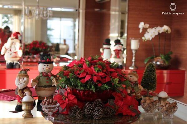 Arranjo especial formada com flor de natal