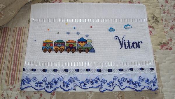 Letras em ponto cruz toalha personalizada