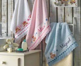 Letras em ponto cruz toalhas