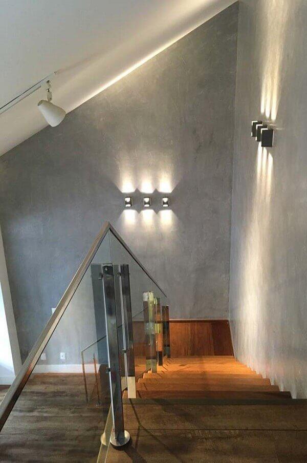 Marmorato cinza na escada