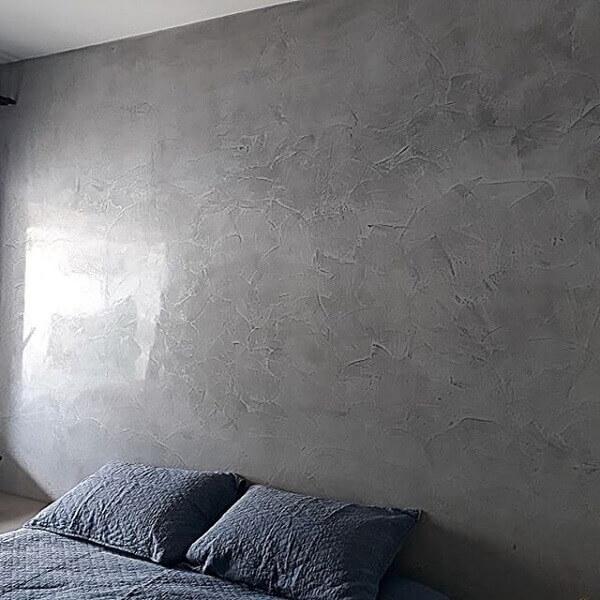 Marmorato cinza na parede de quarto