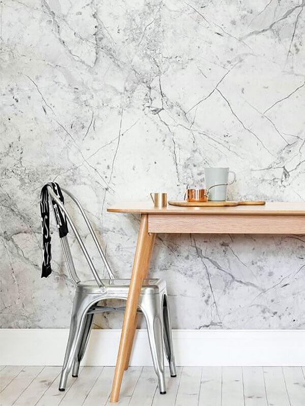 Marmorato em parede de cozinha pequena com efeito
