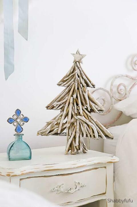 Mini árvore de natal artesanal de galhos Foto de Shabbyfufu