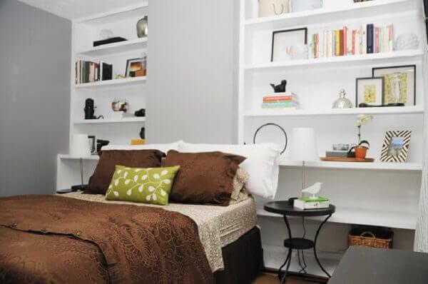 Nicho para quarto de casal simples