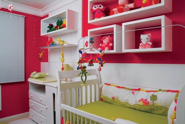Nichos para quarto de bebê na decoração