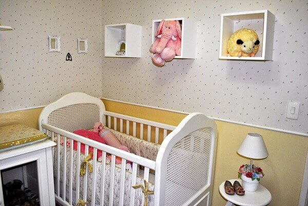 Nichos para quarto de bebê na parede