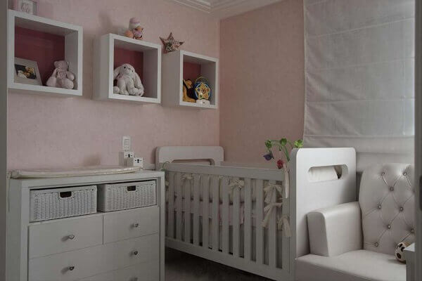 Nichos para quarto de bebê simples