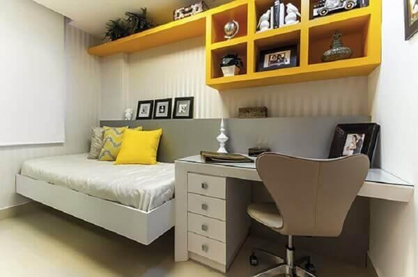 Nichos para quarto de solteiro amarela