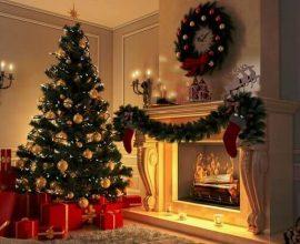 Pinheiro de natal com decoração dourada