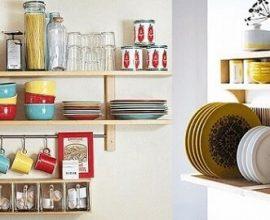 Prateleira para cozinha como porta-louças
