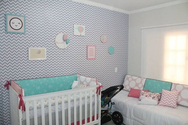 Quarto de bebê masculino papel de parede Chevron