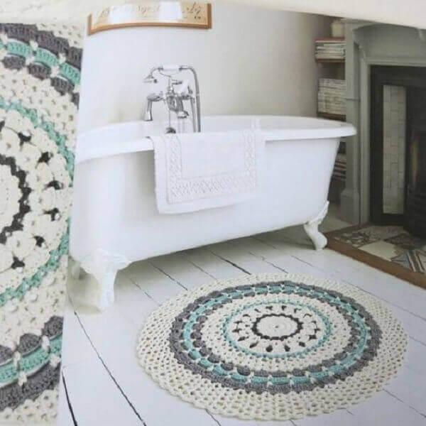Tapete de crochê redondo para banheiro