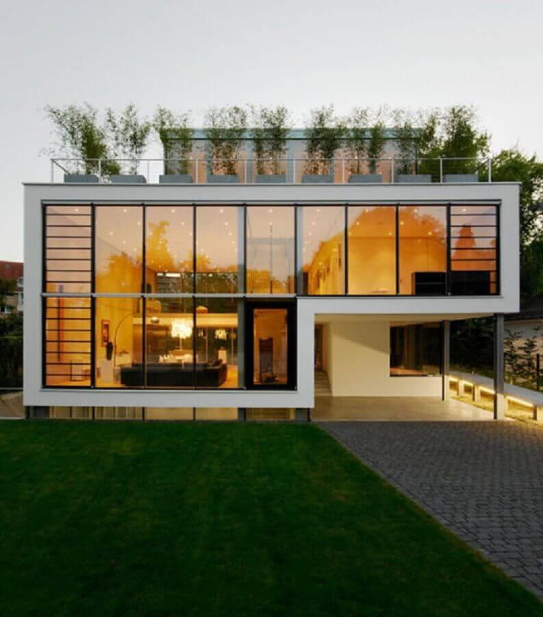 arquitetura moderna para fachada de casa de vidro