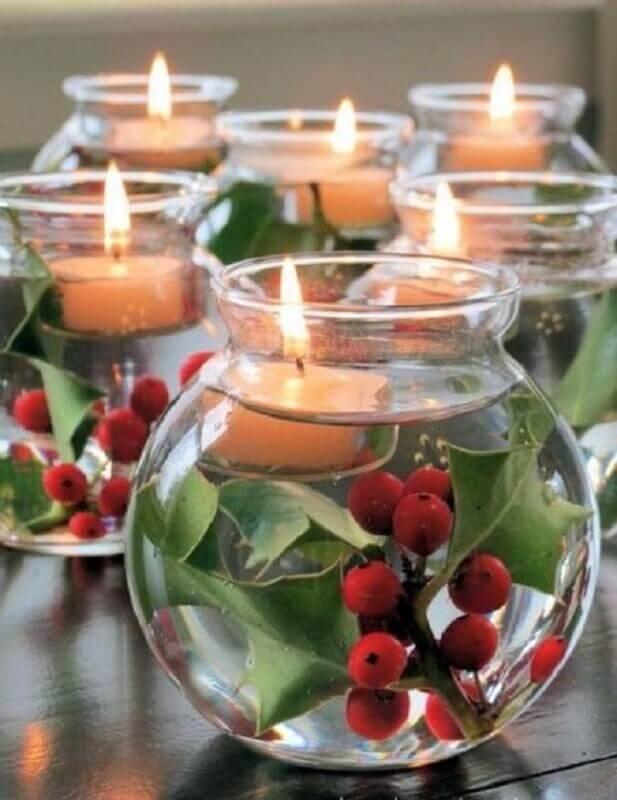 arranjos de natal com velas em vasilhas de vidro com água Foto Pinterest