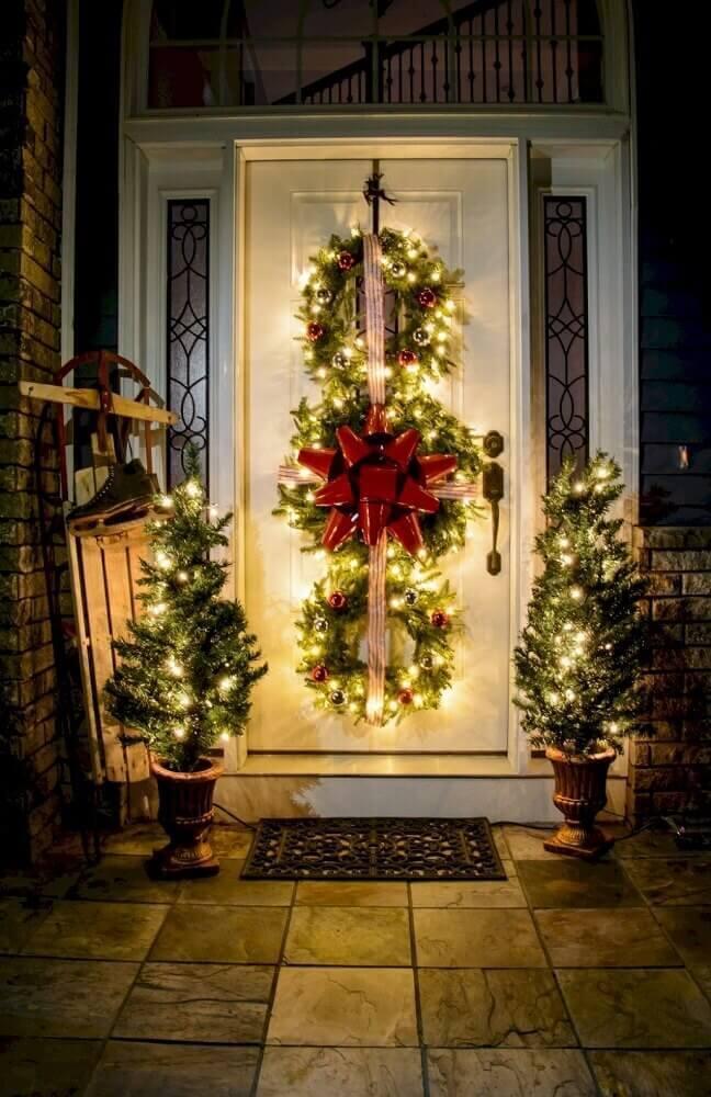arranjos de natal para decoração de fachada Foto Roomodeling