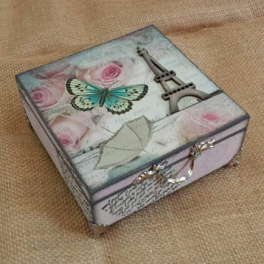 caixa de mdf decorada com decoupage Foto Carla Valeria Vassere