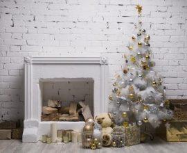 Cantinho especial decorada com uma árvore de Natal branca