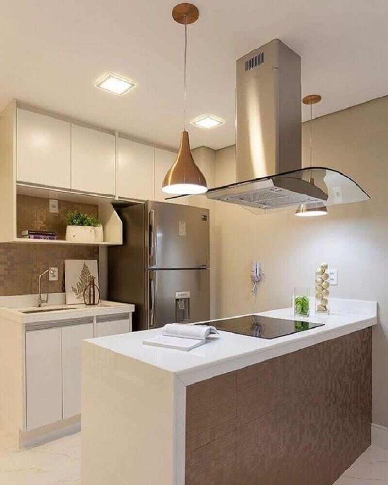 cozinha decorada com armário planejado para cozinha pequena e pendente sobre bancada Foto Monise Rosa Arquitetura e Interiores