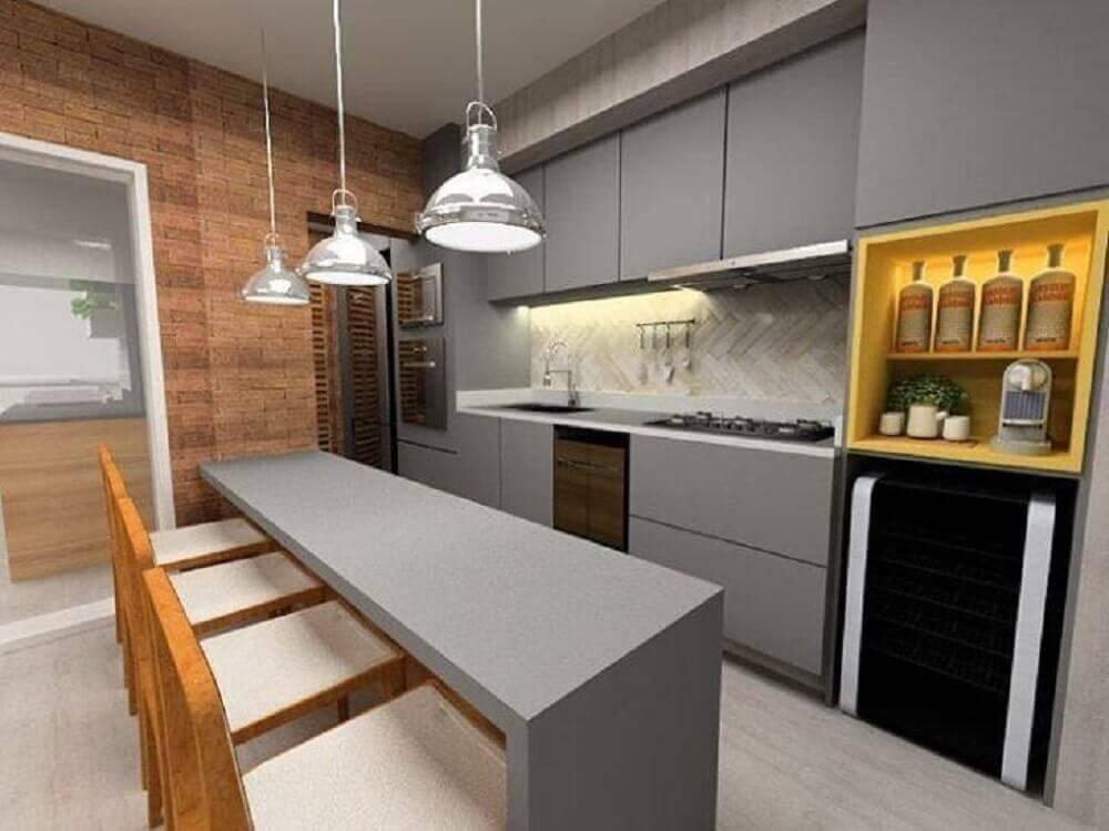 cozinha moderna decorada com parede de tijolinho e armário de cozinha planejado Foto SP Estudio Arquitetura e Interiores