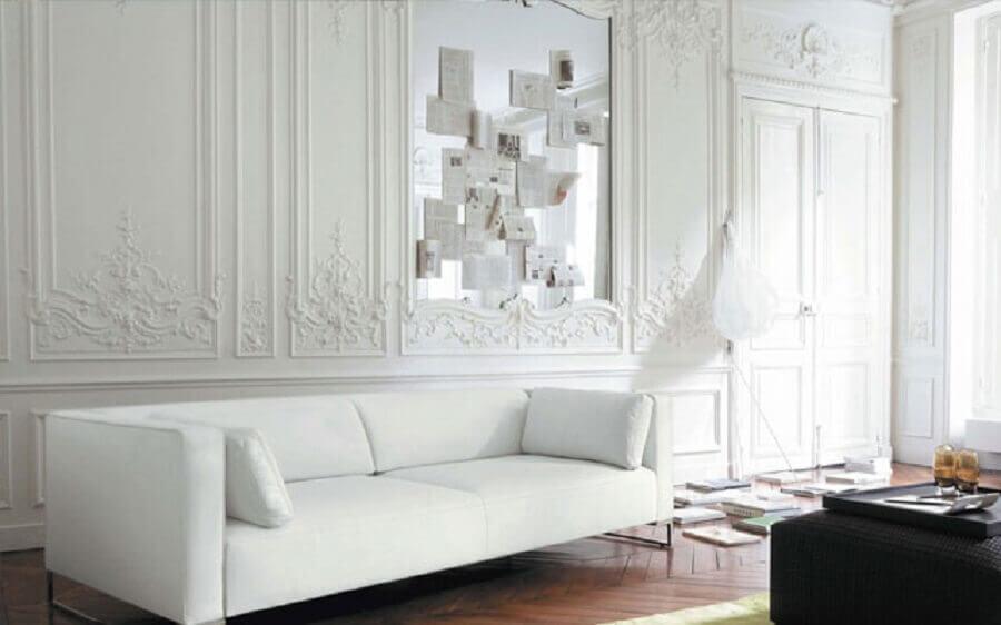 decoração clássica com boiserie Foto Tupintas Mucho