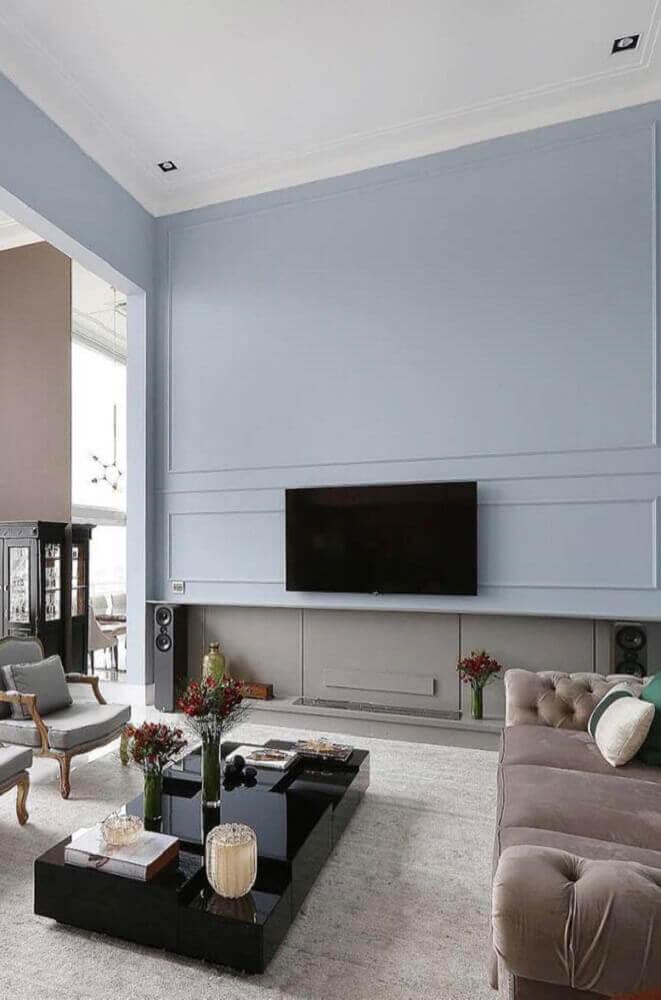 decoração clean para sala com boiserie pintado de azul Foto Pinterest