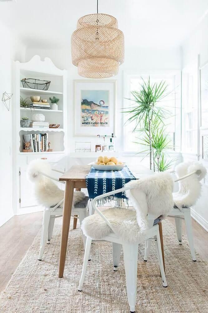 decoração clean para sala de jantar moderna com lustre de fibras naturais Foto Pinterest