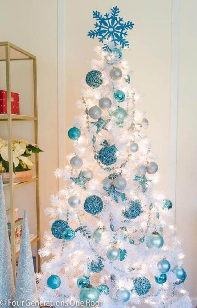 White and blue Christmas tree decoration Foto Decoration For Home