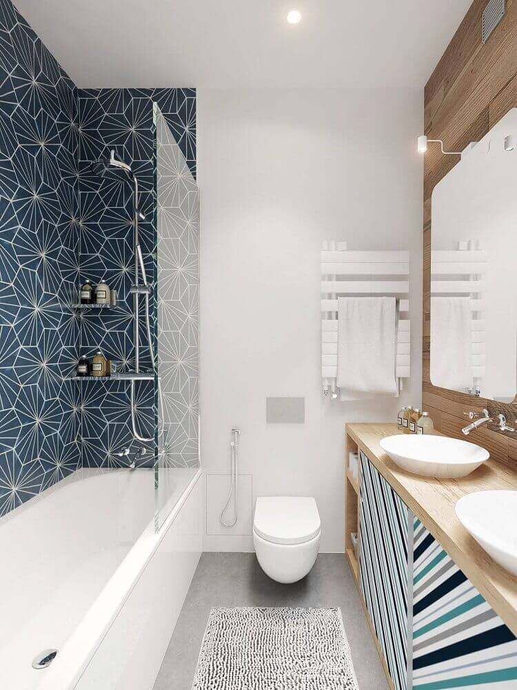 decoração com azulejo estampado para banheiro planejado Foto Construye Hogar