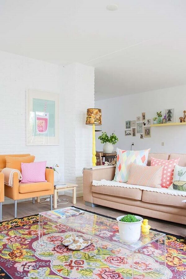 decoração de sala colorida em tons pastéis Foto Webcomunica
