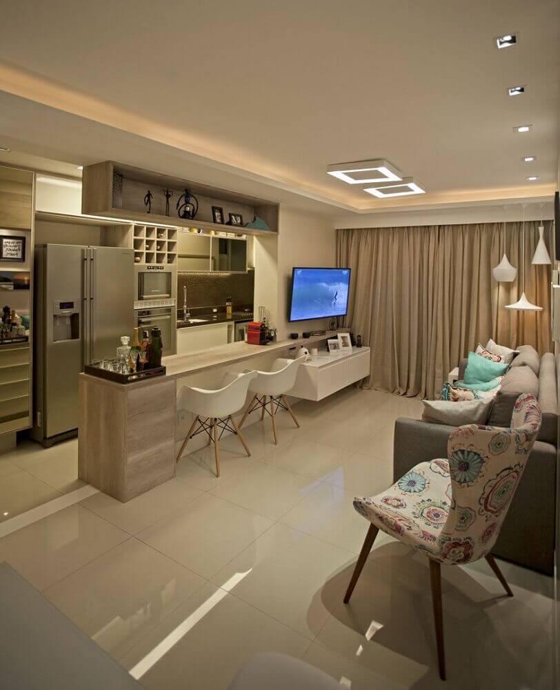 decoração em tons neutros para cozinha americana com sala de estar Foto Docol