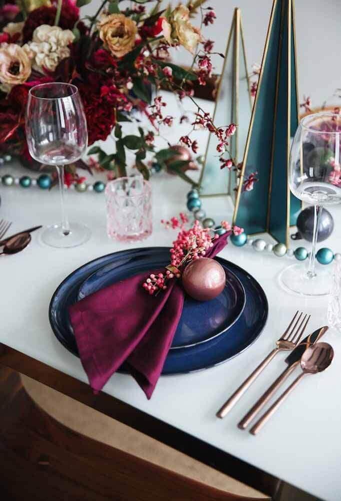 decoração moderna para mesa de natal Foto Jutarnji List