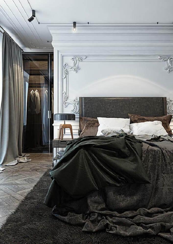 decoração moderna para quarto com boiserie com contornos clássicos Foto Pinterest
