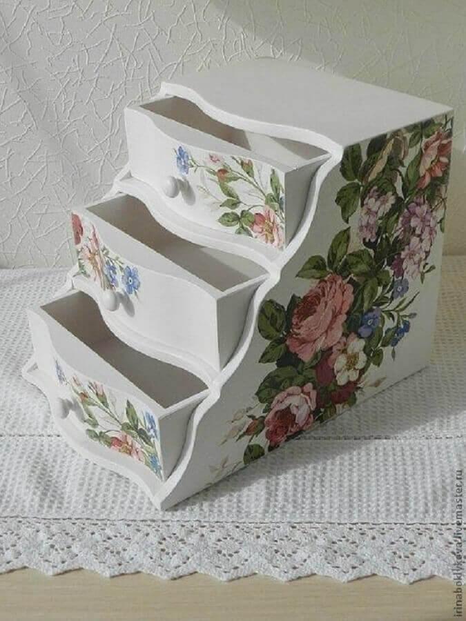 decoração para caixa de madeira Foto Pinterest