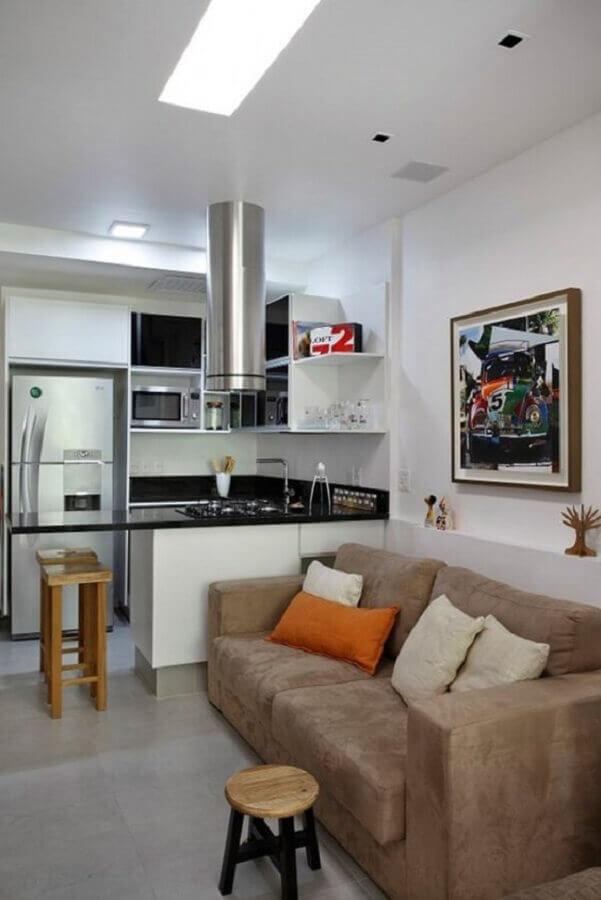 decoração para cozinha americana com sala simples e pequena Foto Tiny House Media