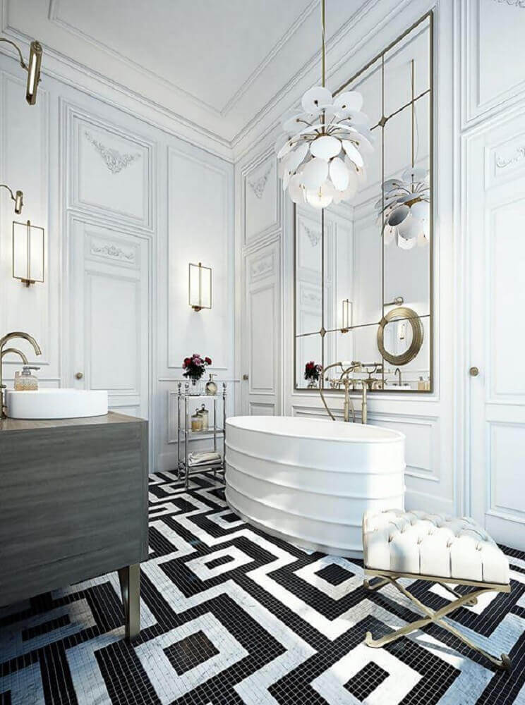 decoração sofisticada para banheiro com pastilha preto e branca no piso Foto Pinterest